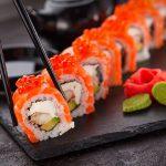 Kit básico para preparar sushi en casa
